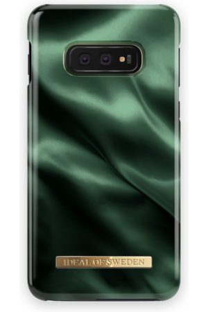 Ideal of sweden Telefoon hoesjes - Fashion Case Galaxy S10E Emerald Satin
