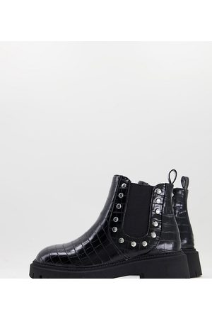 London Rebel Wide fit chunky chelsea boots with studs in black