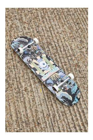 Globe International Black G1 Stay Tuned 8.0 Skateboard