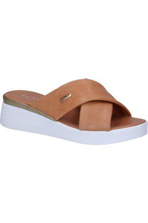 Scapa Cognac Slippers
