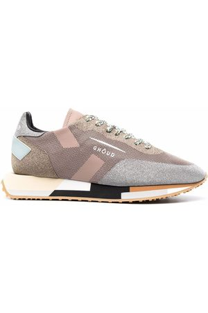 Ghoud Dames Sneakers - Shimmer panelled colour block sneakers