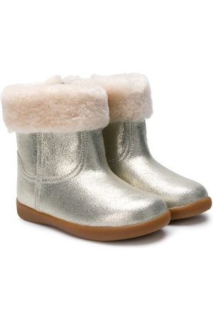 UGG Kids Round toe ankle boots