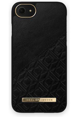 IDEAL OF SWEDEN Atelier Case iPhone 8 Embossed Black