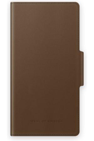 IDEAL OF SWEDEN Telefoon hoesjes - Atelier Wallet iPhone 11 Intense Brown