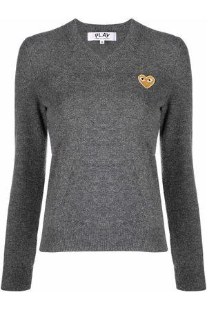 Comme des Garçons Dames Gebreide truien - Embroidered heart motif jumper