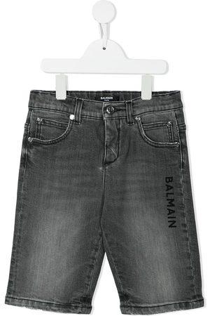 Balmain Jongens Shorts - Logo-print denim shorts