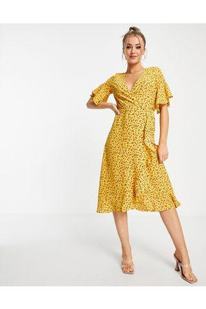 Ax Paris Ruffle wrap midi dress in floral-Multi