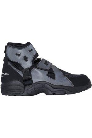 Comme des Garçons Heren Sneakers - X Nike Carnivore high-top sneakers