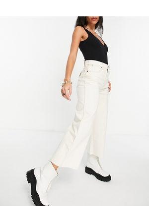 Wrangler High rise cropped wide leg jeans in ecru-White