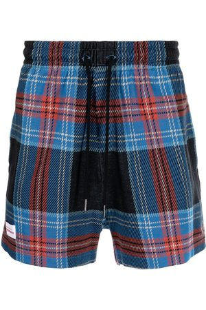 Fred Perry Tartan-print logo-patch shorts