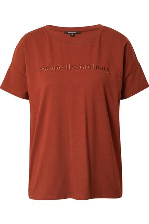 Comma, Shirt