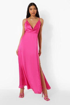 Boohoo Dames Lange jurken - Tall Satijnen Maxi Jurk Met Uitsnijding, Col En Bandjes, Hot Pink