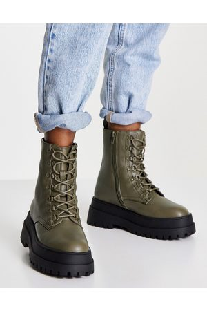 London Rebel Super chunky lace up ankle boots in khaki-Green